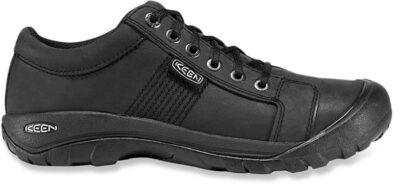 europe walking shoe